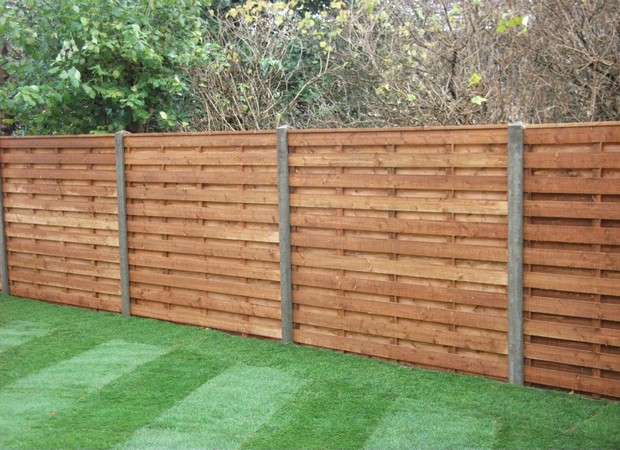 Wooden fencing diy for Ways to cut cost when building a house